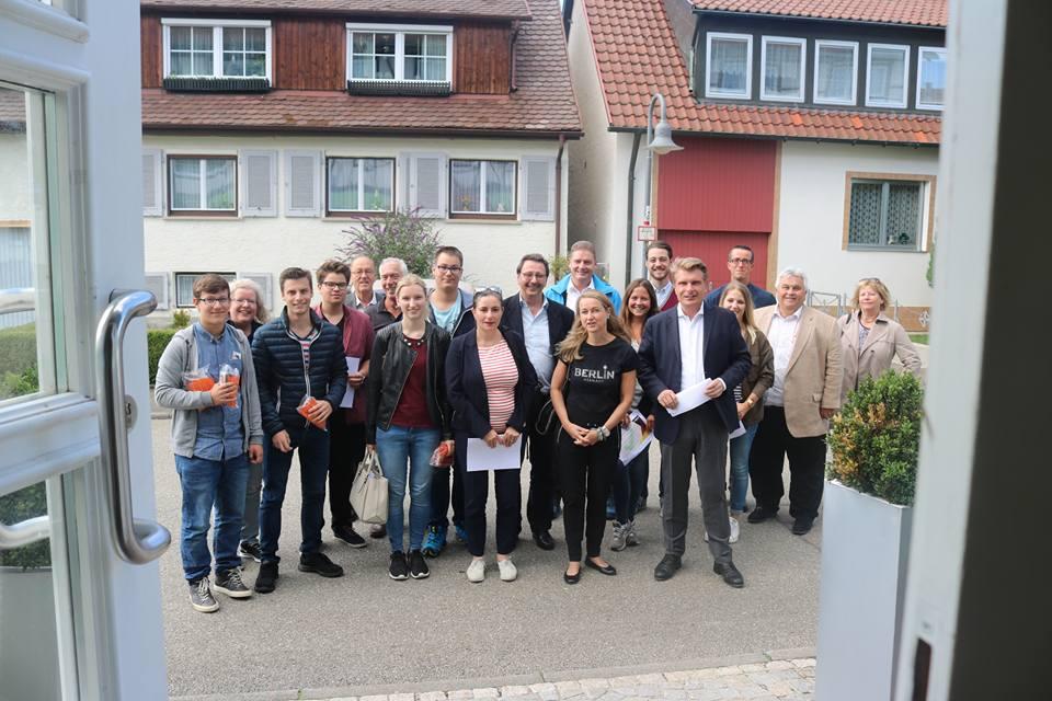 Tür zu tür  Toller Einsatz: Erste Tür-zu-Tür Aktion in Albstadt - Thomas ...